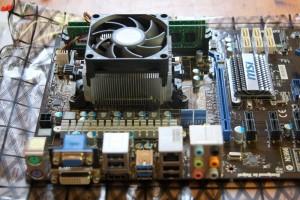 CPUクーラー取り付け完了